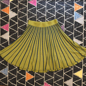 ♡Like New Anthropologie Chartreuse Knit Skirt! L♡